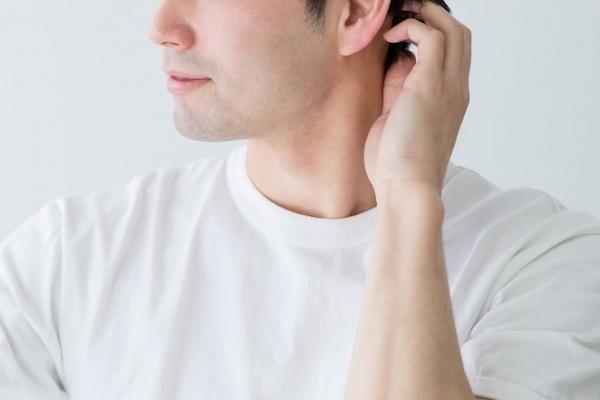 若白髪 男性